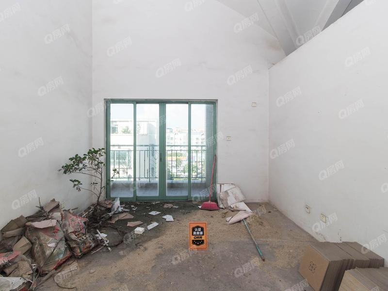 九州家园二期 顶楼复试毛胚,可根据自己喜好装修,钥匙在手随时看房
