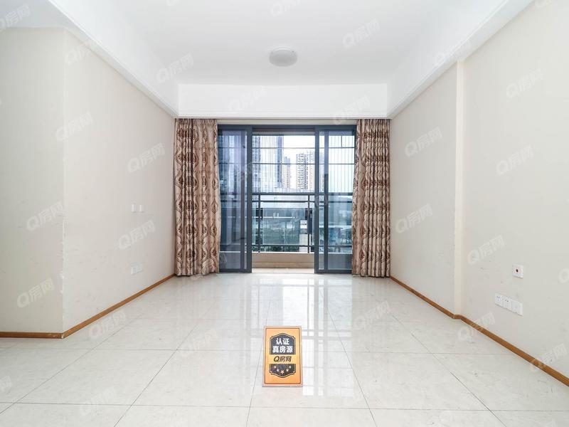荣德雨馨公寓 地铁无缝连接,精装三房,看房方便,户型好