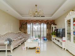 龙光城南区四期 满五年,税费比较少 可看房子 诚心出售二手房效果图