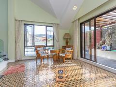 圣莫丽斯 叠加别墅 带天台花园 保养好业主诚心出租 位置安静租房效果图