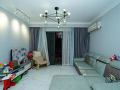 金碧花园 3室2厅1厨2卫 114.0m² 精致装修