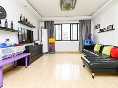 多蓝水岸 3室2厅1厨1卫 134.8m² 精致装修二手房效果图