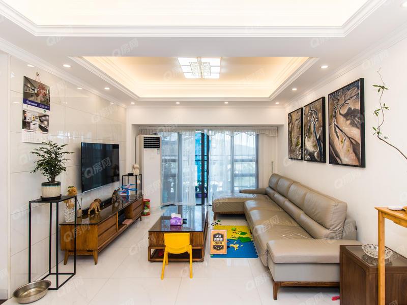 嘉亿爵悦 嘉亿爵悦6室2厅1厨3卫97.0m²精致装修