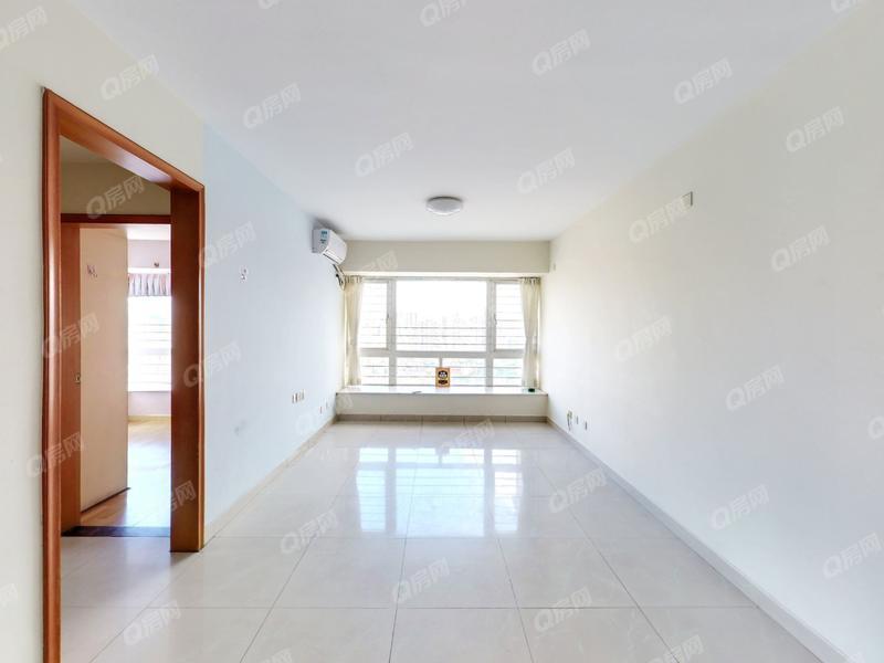 梦想家园 电梯2房满两年税费低装修好业主换房诚心出售