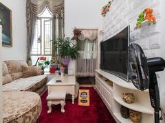 金色都汇 地铁旁 居家一房一厅 装修保养好 带家私诚租租房效果图