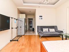 世茂广场 1室1厅1厨1卫 41.7m² 整租租房效果图