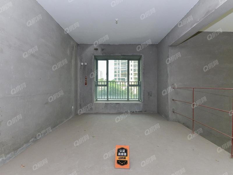熙龙湾 复式房 赠送面积多5室3厅1厨4卫 满两年