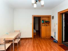 美政花苑 2室1厅1厨1卫 47.0m² 普通装修二手房效果图
