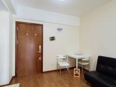 七街公馆 精装1房全齐家私保养很好看房方便近地铁