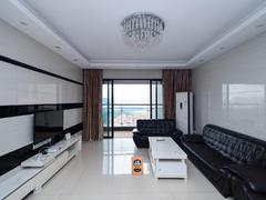 莲湖四季豪园 4室2厅1厨2卫 145.0m² 整租出租房效果图