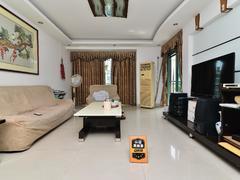 九州家园二期 4室2厅1厨2卫 131.9m² 精致装修